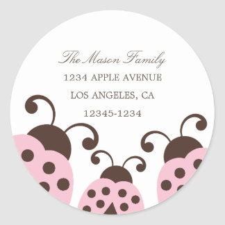 Etiquetas rosas claras del remite de la mariquita pegatina redonda