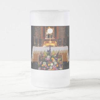 Eucaristía santa/el sacramento bendecido taza de cristal