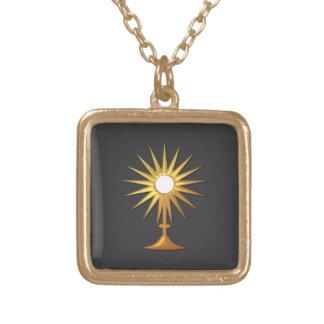 Eucaristía santa en Monstrance de oro Colgante Cuadrado