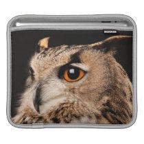 Eurasian Eagle Owl Sleeve For iPads