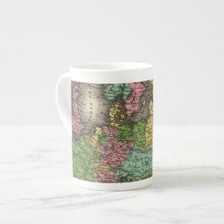 Europa 12 taza de porcelana