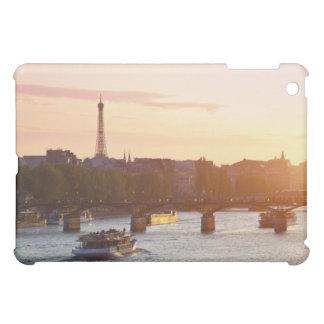 Europa, Francia, París (75), barco turístico encen