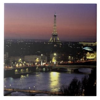 Europa, Francia, París, opinión de la puesta del s Azulejo Cuadrado Grande