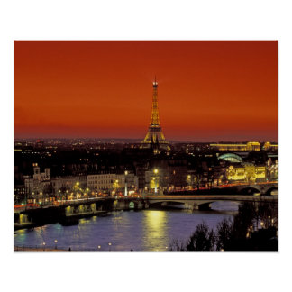 Europa, Francia, París. Opinión de la puesta del s Posters