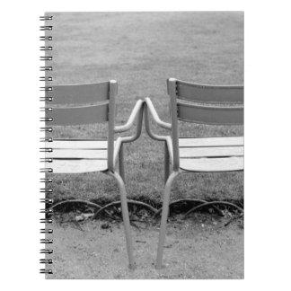 Europa, Francia, París. Sillas, Jardin du 2 Note Book