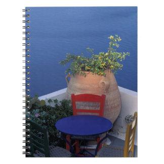 Europa, Grecia, Santorini. Terraza con la opinión  Libros De Apuntes