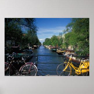 Europa, Holanda, Amsterdam, bicicleta amarilla y Impresiones