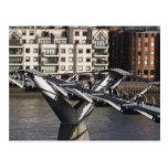Europa, INGLATERRA, Londres: Vista del milenio Postales