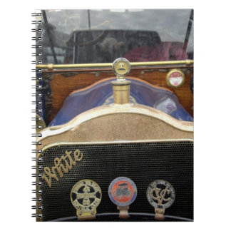 Europa, Irlanda, Dublín. Auto del vintage, blanco  Libreta Espiral