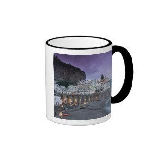 Europa, Italia, Campania (costa) de Amalfi Atrani: Tazas