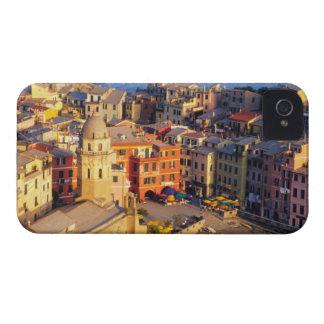 Europa, Italia, Cinque Terre. Pueblo de Vernazza iPhone 4 Case-Mate Fundas