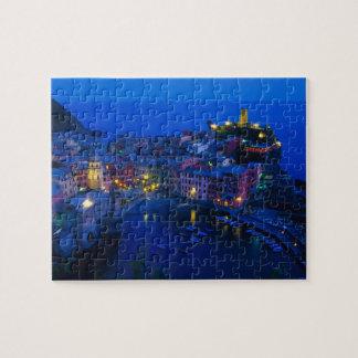 Europa, Italia, Cinque Terre, Vernazza. Ladera Puzzles Con Fotos