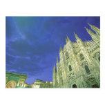Europa, Italia, Lombardia, Milano. El Duomo, Postales