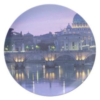 Europa, Italia, Roma, el Vatican. San Pedro y Plato De Comida