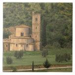 Europa, Italia, Toscana. Abbazia di Sant'Antimo, Azulejo Cuadrado Grande