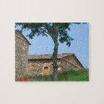 Europa, Italia, Toscana, chalet abandonado adentro Puzzles Con Fotos