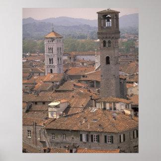 Europa, Italia, Toscana, Lucca, panorama de la ciu Póster