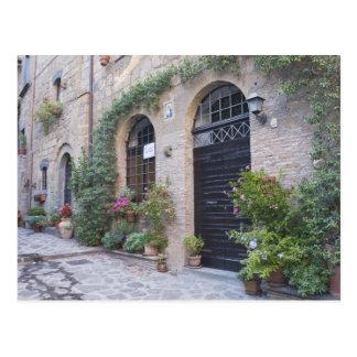 Europa, Italia, Umbría, Civita, casa tradicional Postales