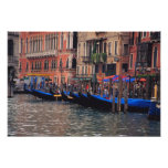 Europa, Italia, Venecia, góndolas en canal Póster