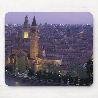 Europa, Italia, Verona, visión desde el Castel S. Tapetes De Ratones