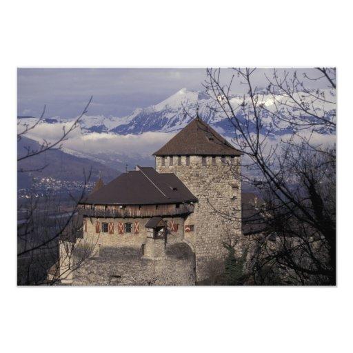 Europa, Liechtenstein, Vaduz. Castillo de Vaduz, Arte Con Fotos