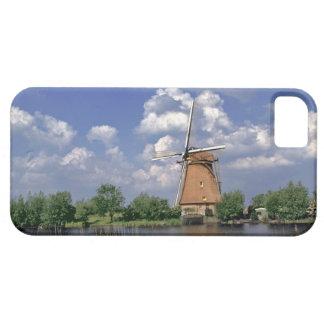 Europa, Países Bajos, Kinerdijk. Un molino de vien iPhone 5 Case-Mate Cárcasa