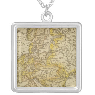 Europe 39 square pendant necklace