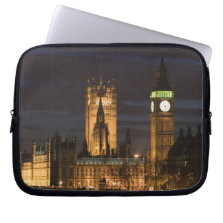 Europe, ENGLAND, London: Houses of Parliament / 2 Laptop Sleeve