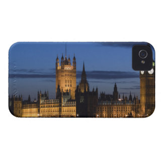 Europe, ENGLAND, London: Houses of Parliament / iPhone 4 Case