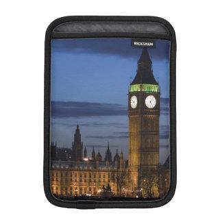 Europe, ENGLAND, London: Houses of Parliament / Sleeve For iPad Mini