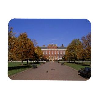 Europe, England, London. Kensington Palace in Magnet
