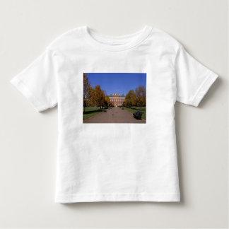 Europe, England, London. Kensington Palace in Toddler T-shirt