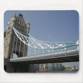 Europe, England, London. Tower Bridge over the 2 Mouse Pad