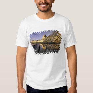 Europe, France, Paris. Le Louvre and glass T-Shirt