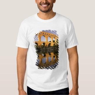 Europe, France, Provence, Gard. Pont du Gard, T-Shirt