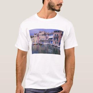 Europe, France, Provence, Martiques, Miroir T-Shirt