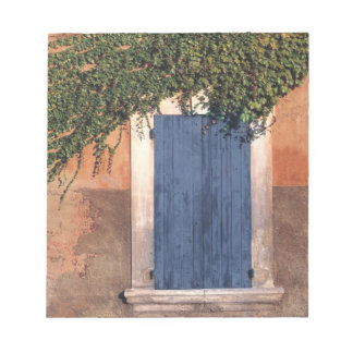 Europe, France, Roussillon. Ivy covers the wall Memo Notepad