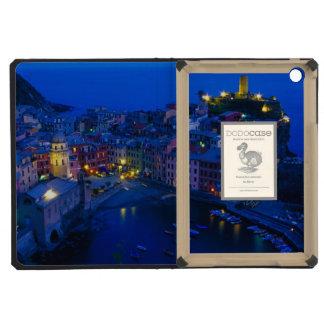 Europe, Italy, Cinque Terre, Vernazza. Hillside iPad Mini Retina Case