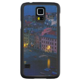 Europe, Italy, Cinque Terre, Vernazza. Hillside Carved® Maple Galaxy S5 Slim Case