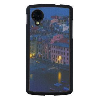 Europe, Italy, Cinque Terre, Vernazza. Hillside Carved® Maple Nexus 5 Case