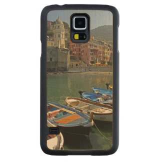 Europe, Italy, Liguria region, Cinque Terre, 2 Carved® Maple Galaxy S5 Slim Case
