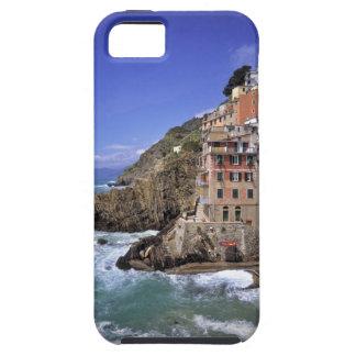 Europe, Italy, Riomaggiore. Riomaggiore is built iPhone SE/5/5s Case