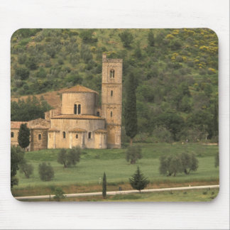 Europe, Italy, Tuscany. Abbazia di Sant'Antimo, Mouse Pad