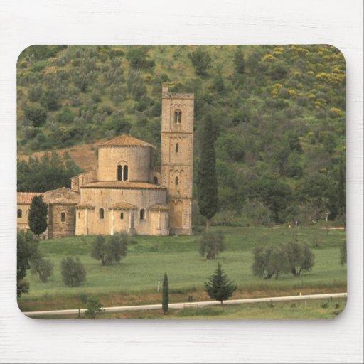 Europe, Italy, Tuscany. Abbazia di Sant'Antimo, Mousepads