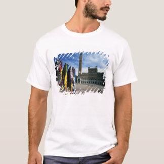 Europe, Italy, Tuscany, Siena. Piazza del T-Shirt