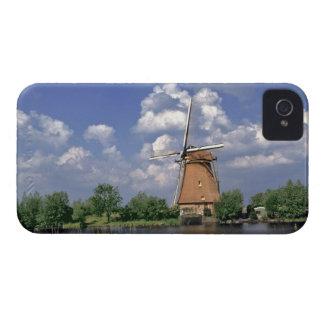 Europe, Netherlands, Kinerdijk. A windmill sits iPhone 4 Cover