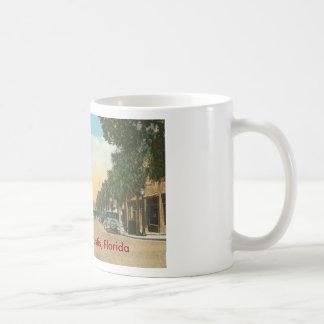 Eustis, FL - Downtown - 1925 Coffee Mug
