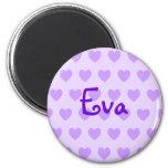 Eva en púrpura iman de frigorífico