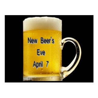 Eve de la nueva cerveza el 7 de abril tarjetas postales