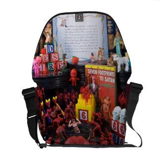 Eve Messenger Bag